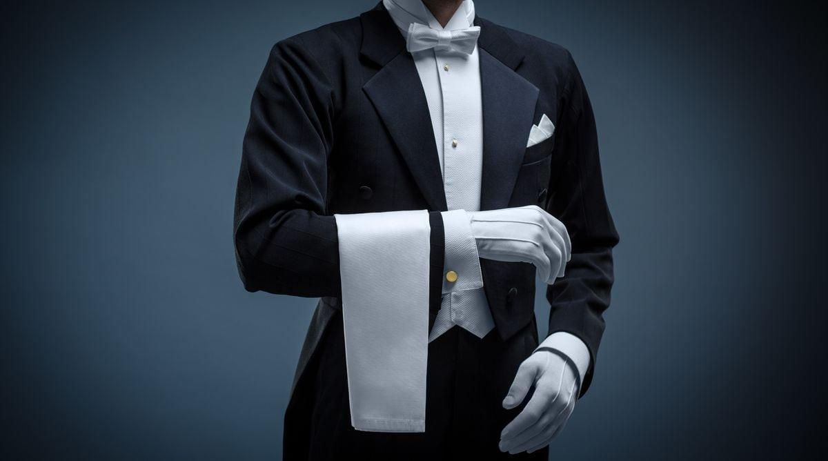 Jak Powinien Wygladac Profesjonalny Kelner Fashion Design